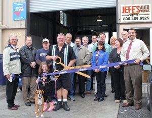 Photo of Chamber of Commerce Ribbon Cutting